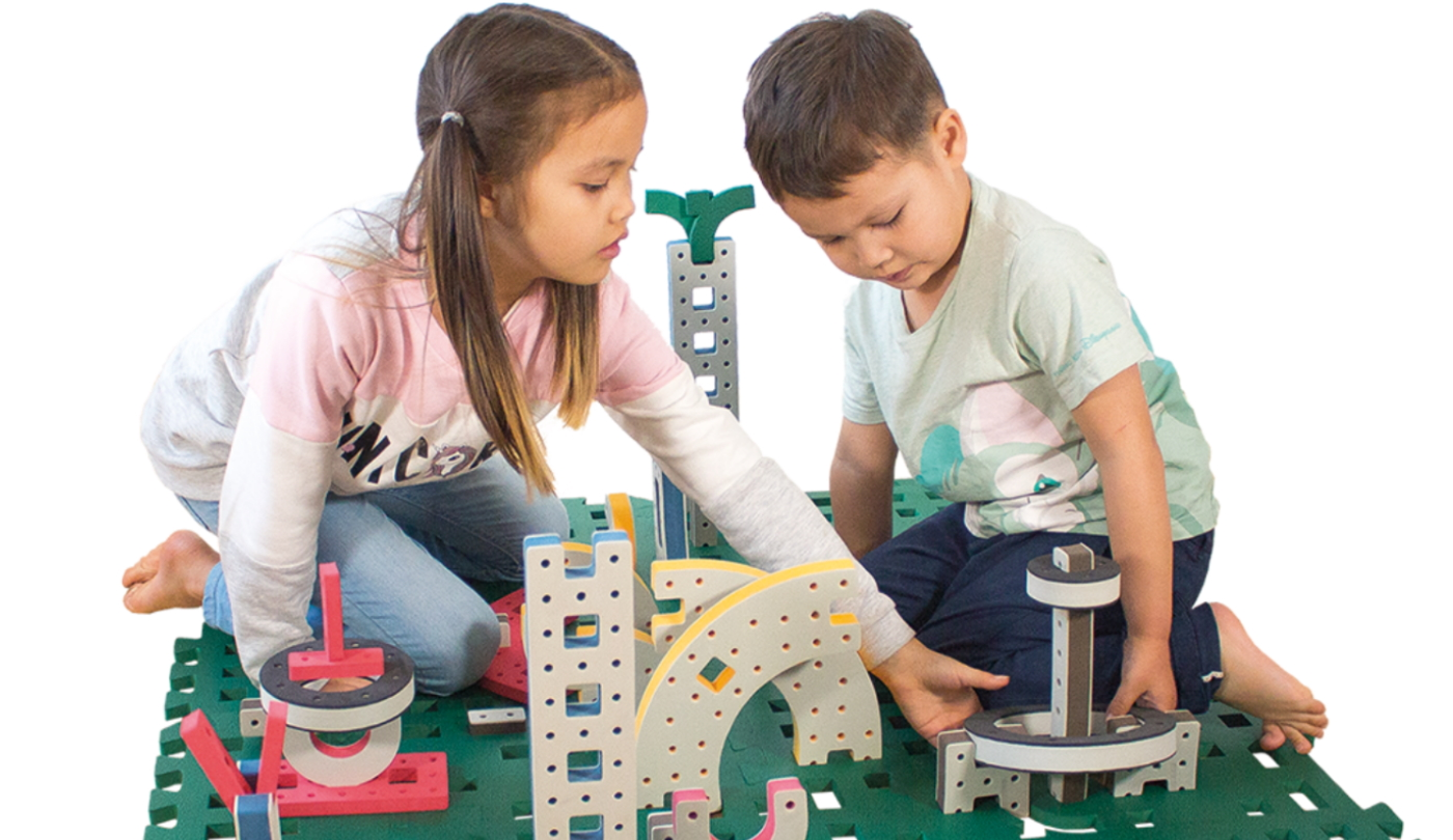 BuildingBase_KidsPlaying_NEW_1